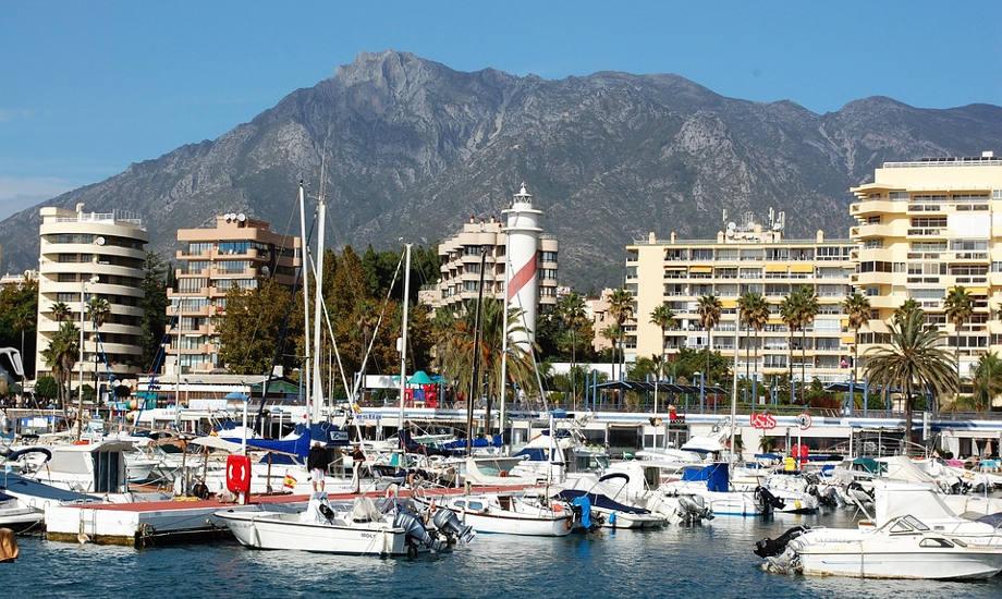 Marbella costa del sol port promenade