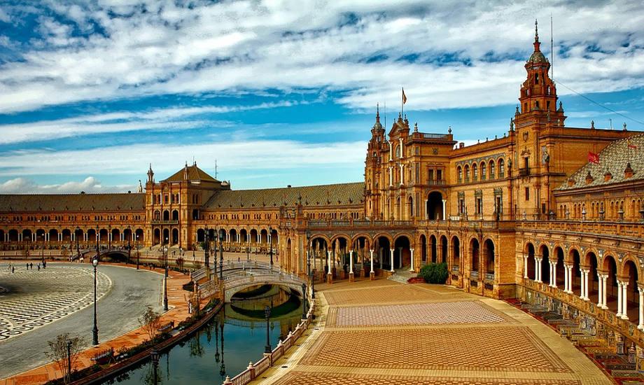 Plaza Espana Seville Image